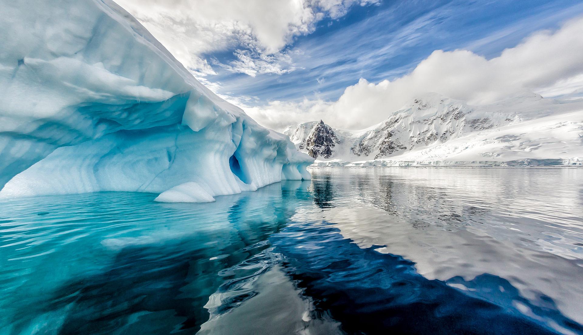 arctic-iceberg