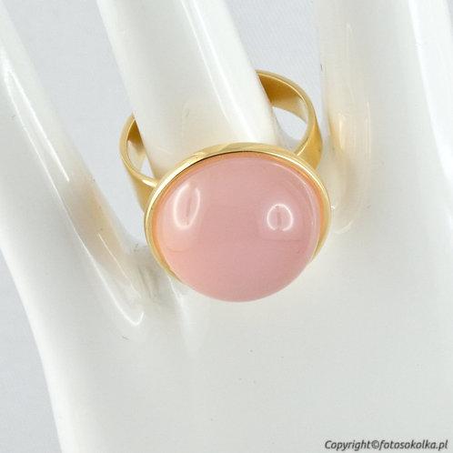 Złocony pierścionek z różowym agatem (gładki)