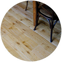 oak floor round.jpg