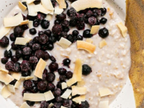 Collagen Cider Soaked Oatmeal w/ Coconut & Blueberries