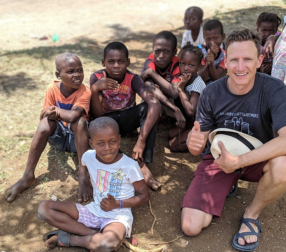 Scott Close with a group of Haitian kids.
