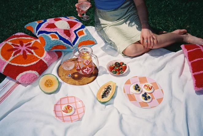 MILAN CUSHION + AMALFI JUG + CUSHION + SICILY GLASSES + CHECK PLATES