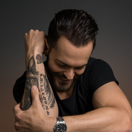 INTERVIEW: Ryan Kinder brings the southern comfort we need on his UK tour