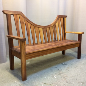 HOGARTH HOUSE BENCH3