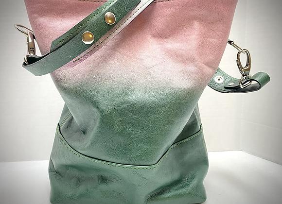 Leo ~ Lt. Pink/Dk. Green Ombre