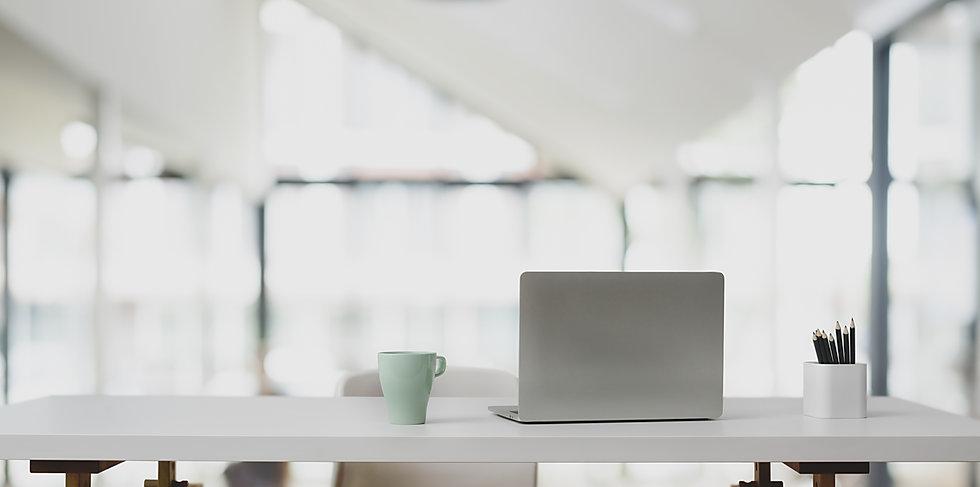 kontor bakgrunn fremsiden Doffen webdesign