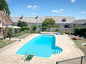swimming pool area loire valley gite chinon