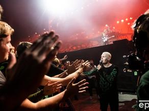 デンマークで5万人規模のロックコンサートが行われる