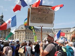 フランスで7週間連続ワクチンパスポートに反対する大規模なデモが行われる