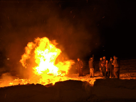02/22/20- Bonfire & Hut Dogs