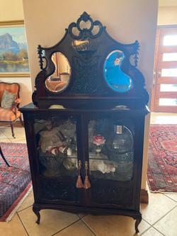 Hepplewhite Curio Cabinet