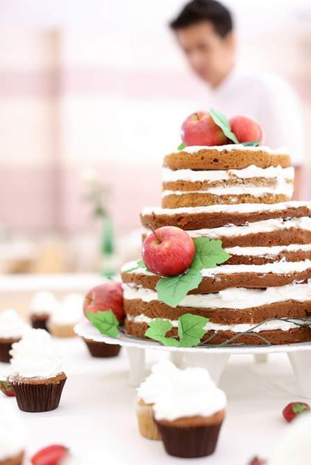 It's not just a piece of cake: เค้กแต่งงาน พิธีกรรม และความอุดมสมบรูณ์ (ตอนที่ ๑)