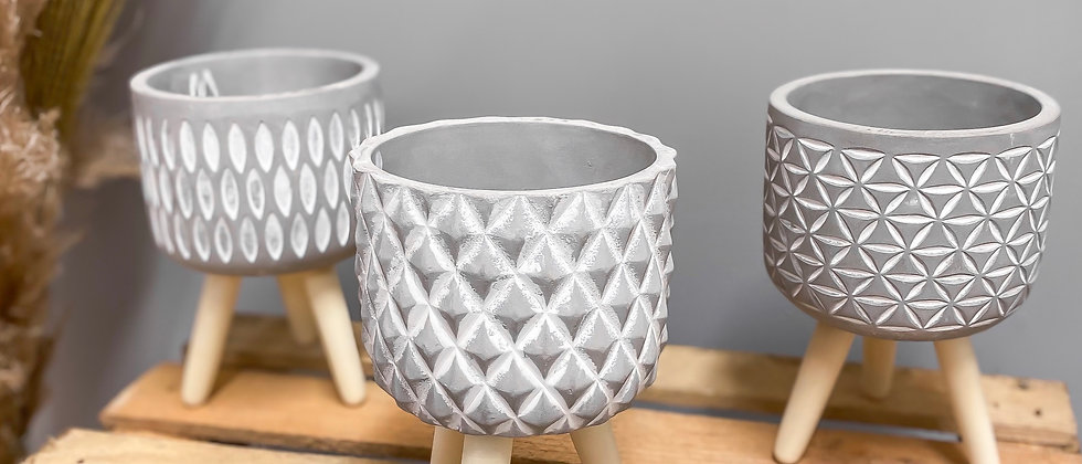 Ceramic Pot On Feet 12cm