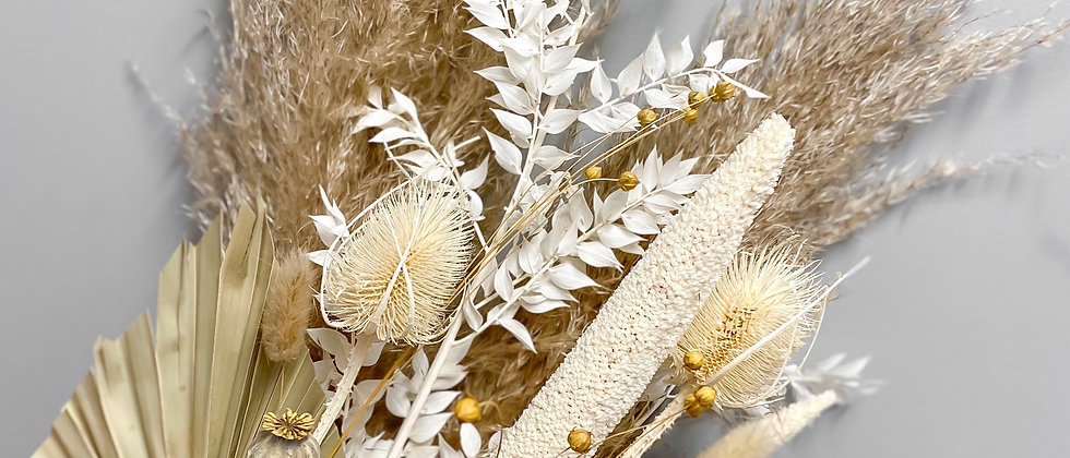 Dried Flower Bouquet: Natural & White