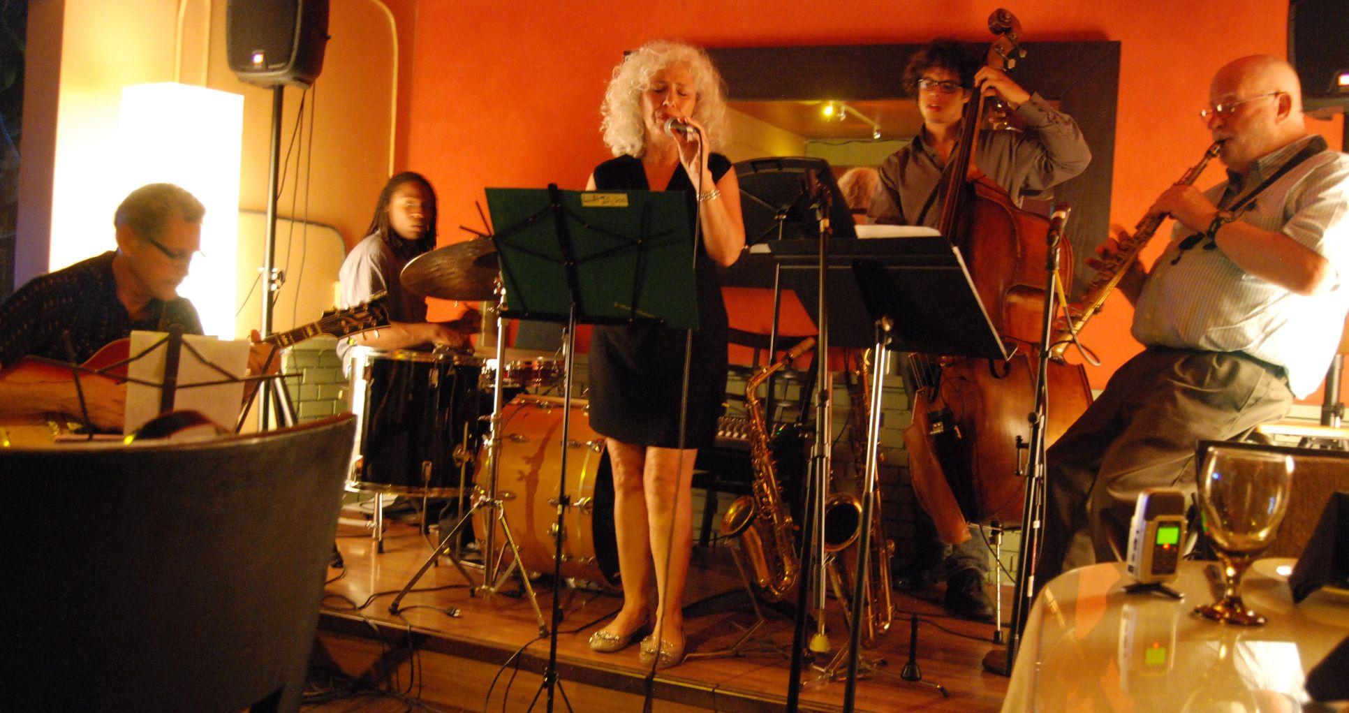 The DL Trio + 2