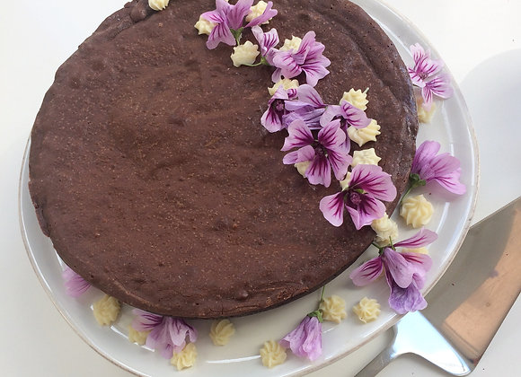 Flourless Chocolate Cake with White Chocolate Bourbon Cream