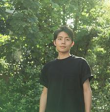 kosukearaki_portrait_2018_rgb_1920px_72d
