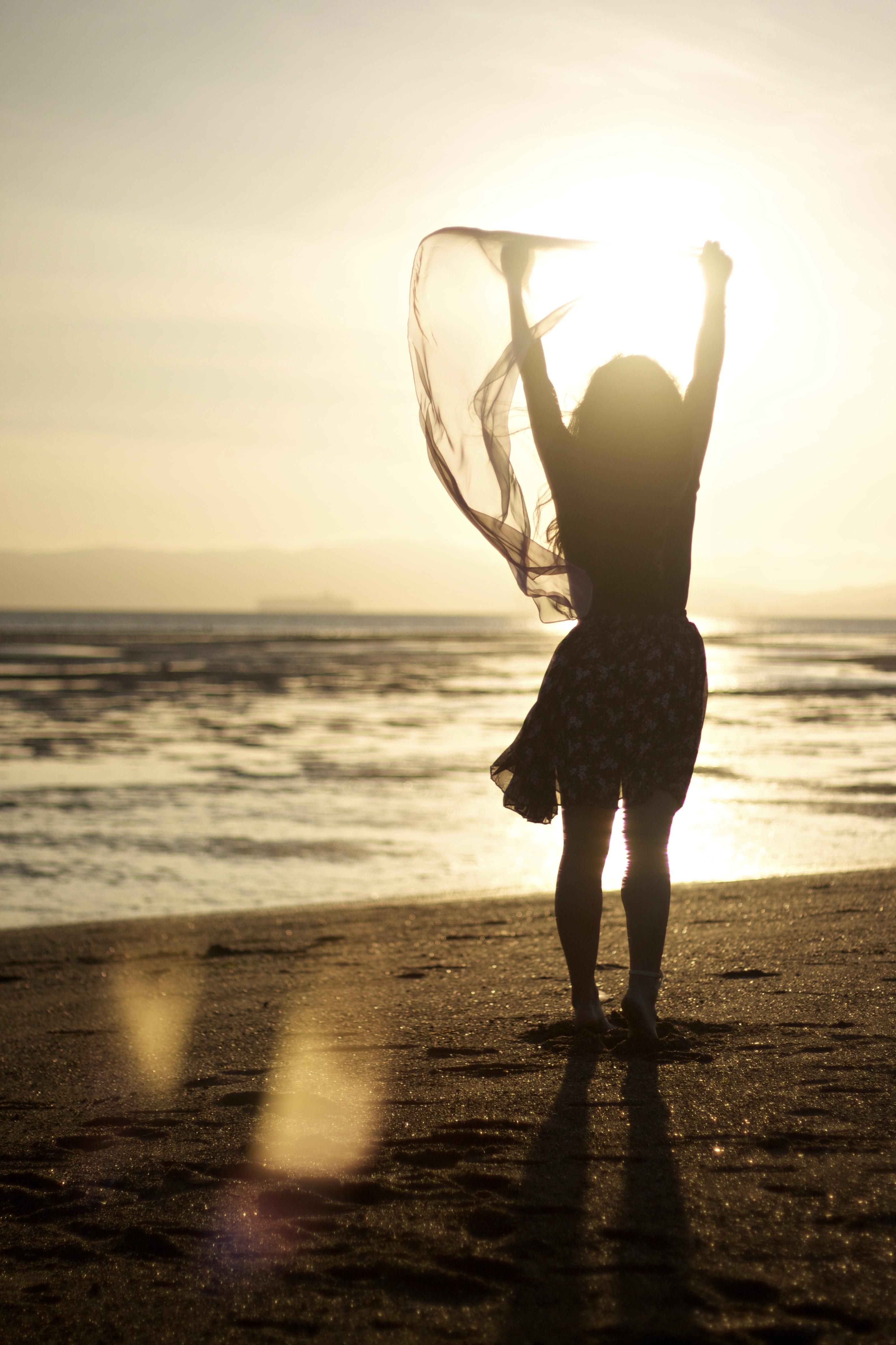 woman_on_beach