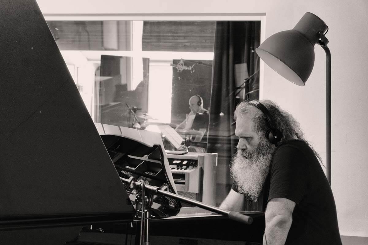 Sarah-Chaksad-Songlines_Malcolm_Braff und Gregor Hilbe