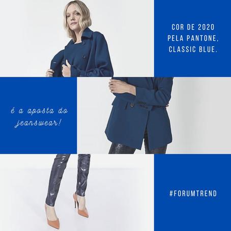 Cor de 2020 pela Pantone, Classic Blue é a aposta do jeanswear