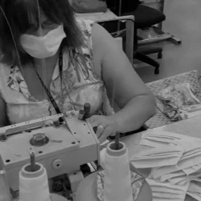 Grupo AMC Têxtil, gestor de marcas como a FORUM, doa 100 mil máscaras de proteção