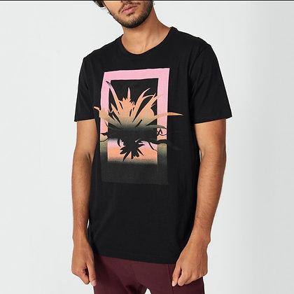 Camiseta Estampa Plant