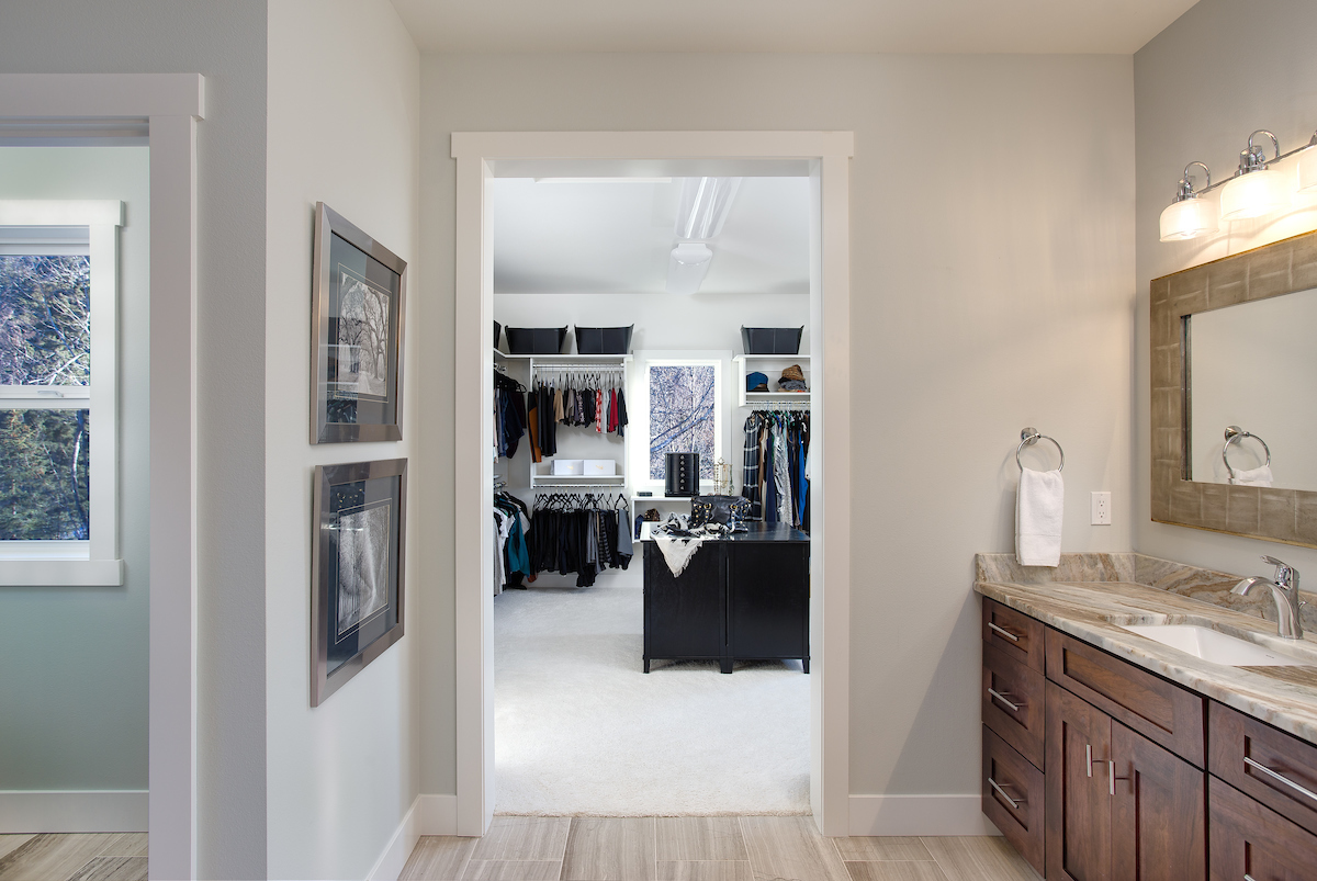 Master Bath and walk-in-closet