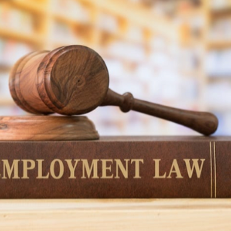 Membandingkan UU Cipta Kerja dan UU Ketenagakerjaan