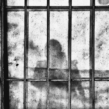 Pembebasan Narapidana karena Covid-19: Alasan Kemanusiaan?