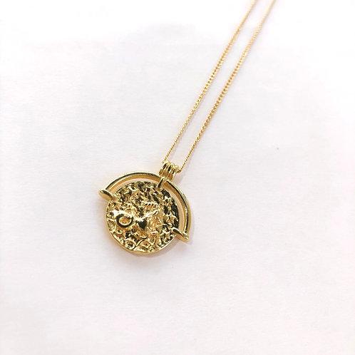 Jocelyn Kennedy Zodiac Sign Necklace- Gold Capricorn