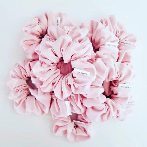 Tessa Glorie Pink Scrunchie
