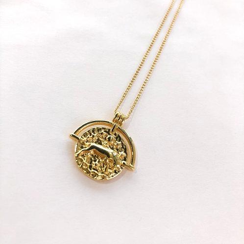 Jocelyn Kennedy Zodiac Sign Necklace- Gold Taurus