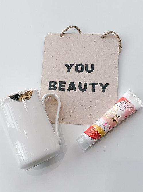 You Beauty Lips Mug Gift Set