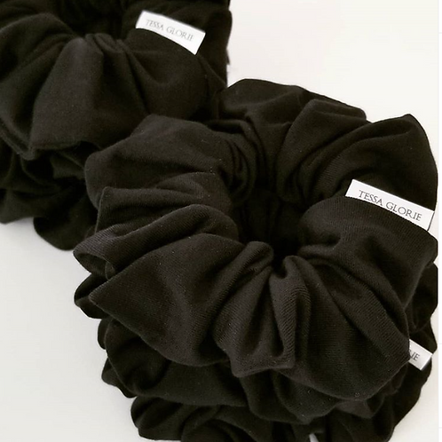 Tessa Glorie Black Scrunchie