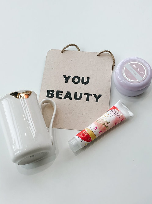 You Beauty Lips Mug Volcano Gift Set