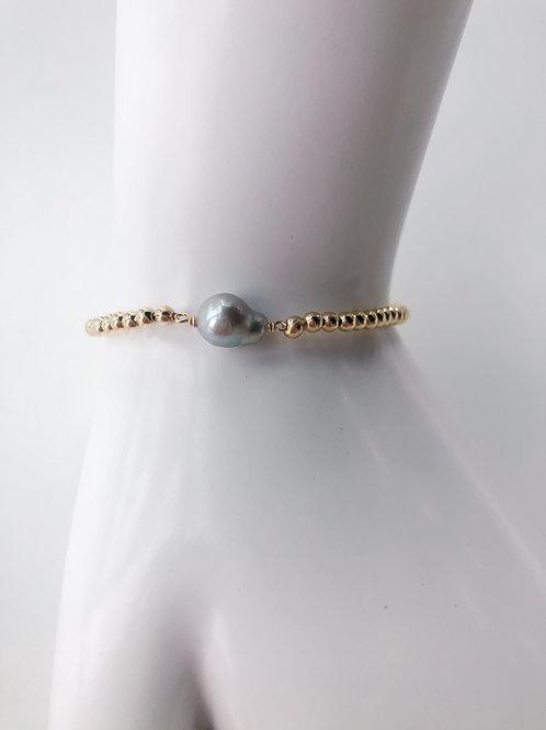 Jocelyn Kennedy Gold Beaded Bracelet Small Baroque Grey Pearl