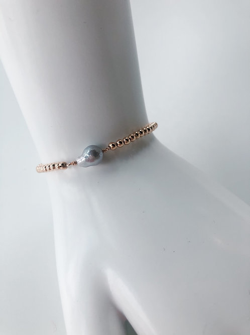 Jocelyn Kennedy Rose Gold Beaded Small Baroque Grey Pearl Bracelet