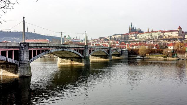 Prague_Bridge_JenniCollier.jpg