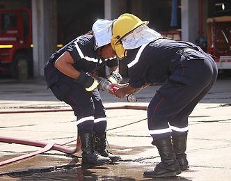 Treinamento e formação de brigada de incêndio Red Safety