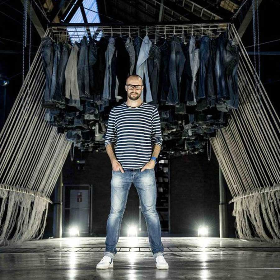 HNST RECYCLES DENIM WASTE INTO NEW, SUSTAINABLE JEANS