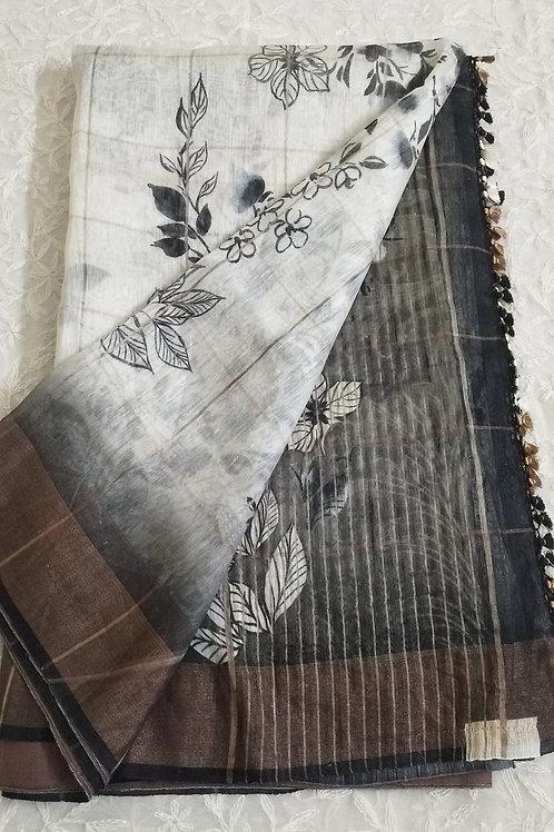 A Unique Linen in Black & White