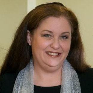 Headshot - Rabbi Cookie Lea Olshein.jpg