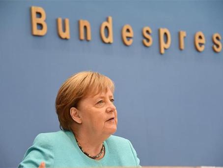 La lucha por la sucesión de Merkel se agudiza en la recta final