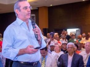 Se reúne Abinader PRM con transportistas, promete solucionar problema tránsito