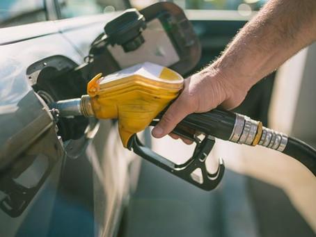 Ito Bisonó dice se espera que combustibles comiencen a bajar a partir de marzo