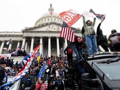 Detienen a excandidato republicano por participación en asalto al Capitolio