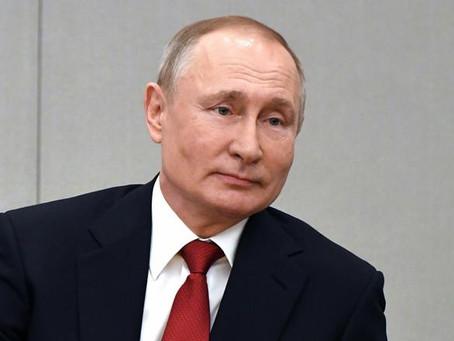 """Putin pide iniciar la semana que viene la vacunación en masa """"de toda la población"""""""