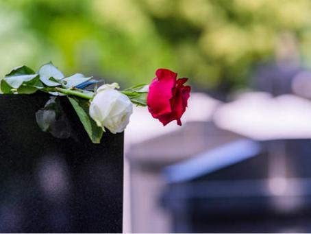 Madre de niñas muertas en un canal de Florida es acusada de su muerte