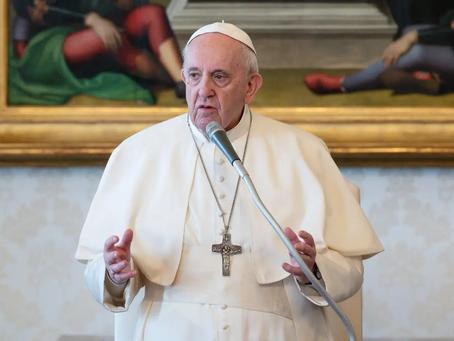 El papa Francisco retoma las audiencias generales tras su operación