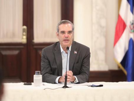 Gobierno reduce déficit fiscal en 77 mil millones; aumenta a 10,600 millones Reservas BC